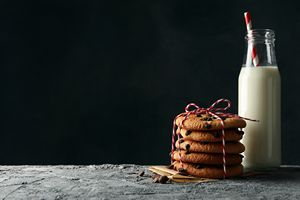 Christmas Cookies and Milk for Holiday Diets
