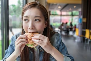 How to Stop Eating in Stress Mode in Public